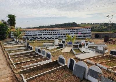 Cemiterio de Animais Botucatu Sepultamento de animais Quadra com lapide 16