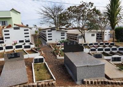 Cemiterio de Animais Botucatu Sepultamento de animais Quadra com lapide 21