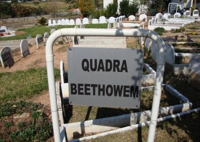 Sepultamento de animais Quadra Bheethowem Cemiterio de Animais Botucatu